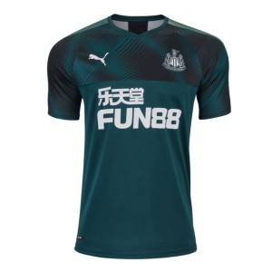 Футбольная форма Newcastle United Гостевая 2019/20 M(46)